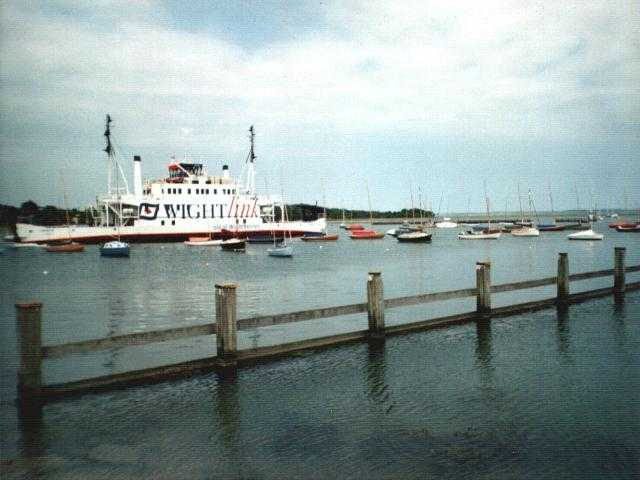 Lymington Ferry to Isle of Wight