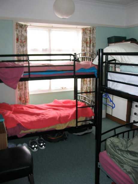 Bournemouth Backpackers Hostel Dorms
